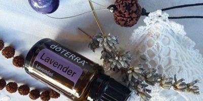 Aromaterapia e Gestione delle Emozioni con gli Oli Essenziali